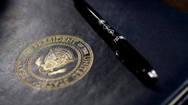 What_Is_An_Executive_Order__0_7133975_ver1.0_640_360.jpg